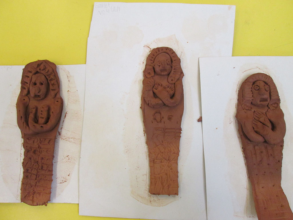 how to make a sarcophagus out of clay
